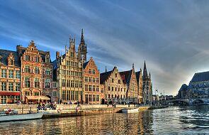 Belgia: rośnie liczba chrztów osób dorosłych