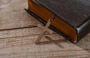 Na czym polega dźwiganie własnego krzyża?