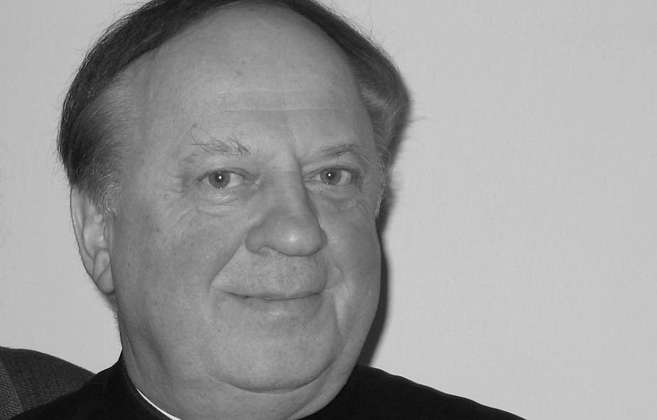 Zmarł ks. Tadeusz Wojdat, legendarny proboszcz Ursynowa