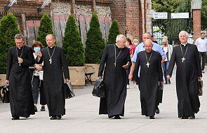 Episkopat przeciwko przemocy, także w środowisku domowym