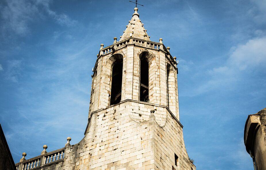 Hiszpańskie media: rośnie napięcie między władzami Katalonii a lokalnym Kościołem