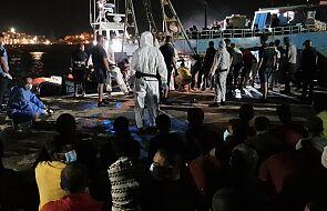 Włochy: setki migrantów na Lampedusie, protestują władze i mieszkańcy