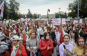 Białoruś / MSW: W sobotę zatrzymano 29 osób, Marsz Kobiet liczył 4 tys. osób
