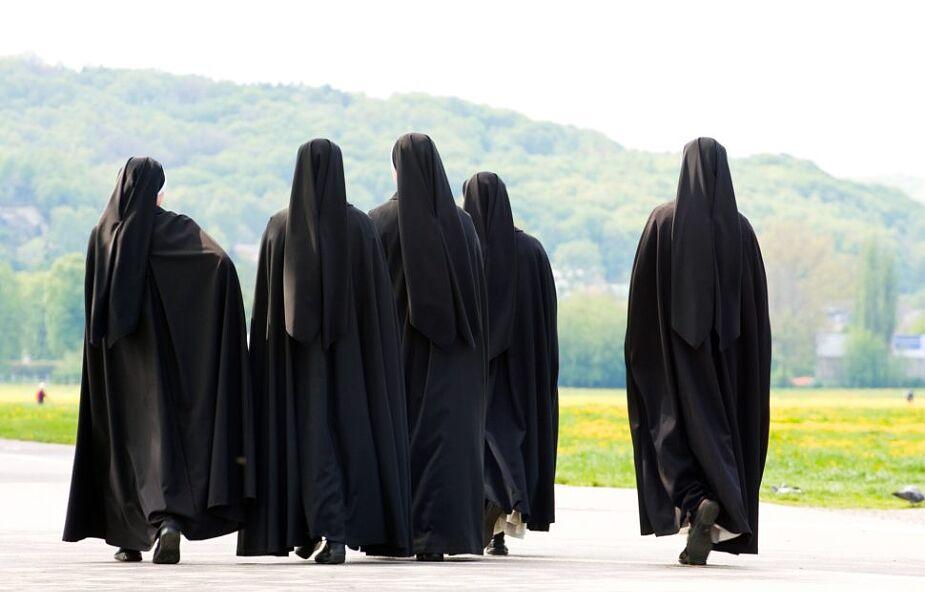 Kto usłyszy krzyk krzywdzonych sióstr? Dramatyczne historie młodych zakonnic