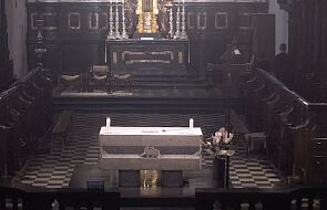 Profanacja w Tyńcu: półnagi mężczyzna wszedł na ołtarz