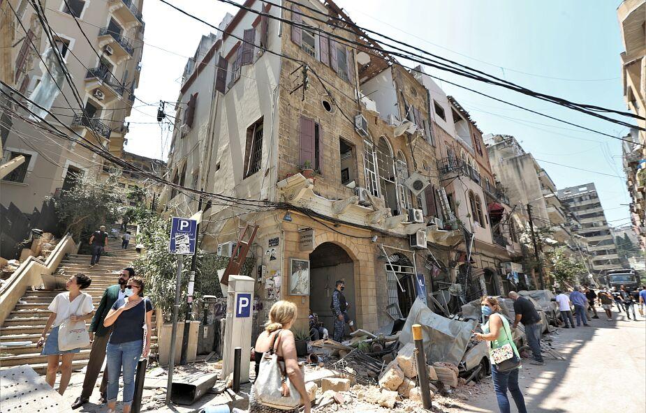 Mieszkanka Bejrutu zagrała na fortepianie w swoim zniszczonym mieszkaniu [WIDEO]