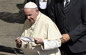 Czy papież Franciszek nosi maseczkę? To zdjęcie zrobione w środę rozwiewa wątpliwości