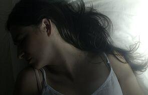 """""""Jesteś piękna. Jesteś piękny"""". Posłuchaj utworu, który chwyta za serce i wyciska łzy"""