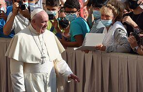 W czasie pandemii papież Franciszek nie zapomina o ubogich