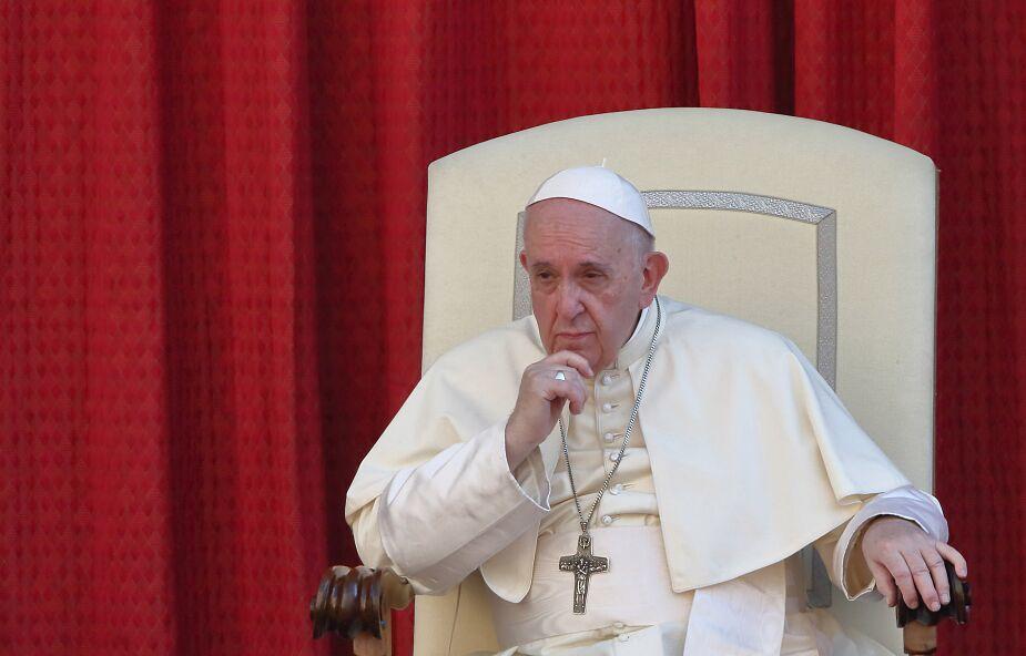 """Franciszek przestrzega przed """"fasadową"""" religijnością"""