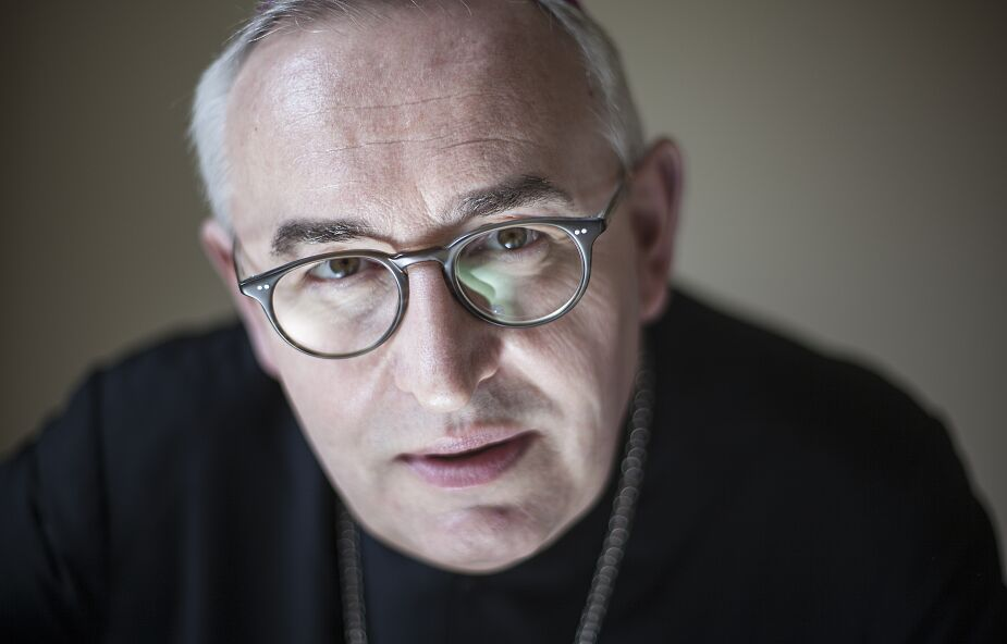 """Bp Jarecki o """"Fratelli tutti"""": oby jak najwięcej osób zaczęło marzyć z Franciszkiem"""