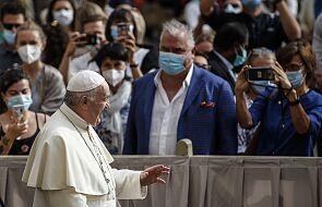 Franciszek: z tego kryzysu musimy wyjść razem, samotnie nie da się tego uczynić