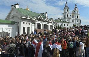 Grodno: episkopat Białorusi potępia bezprawne działania władz i wzywa do modlitwy za abp. Kondrusiewicza