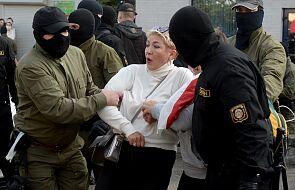 Białoruś: trwa protest w Mińsku; zatrzymania w Brześciu, Grodnie i Homlu