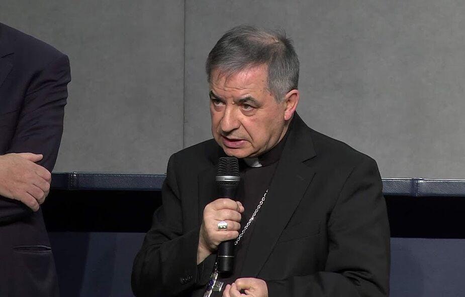 Jakich praw pozbawiony jest kardynał Becciu?