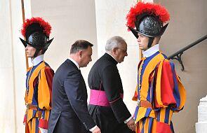 Prezydent Andrzej Duda z małżonką przybyli na audiencję u papieża Franciszka
