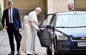 """Papież: mieć serce, które umie """"widzieć"""" zranienia społeczeństwa"""