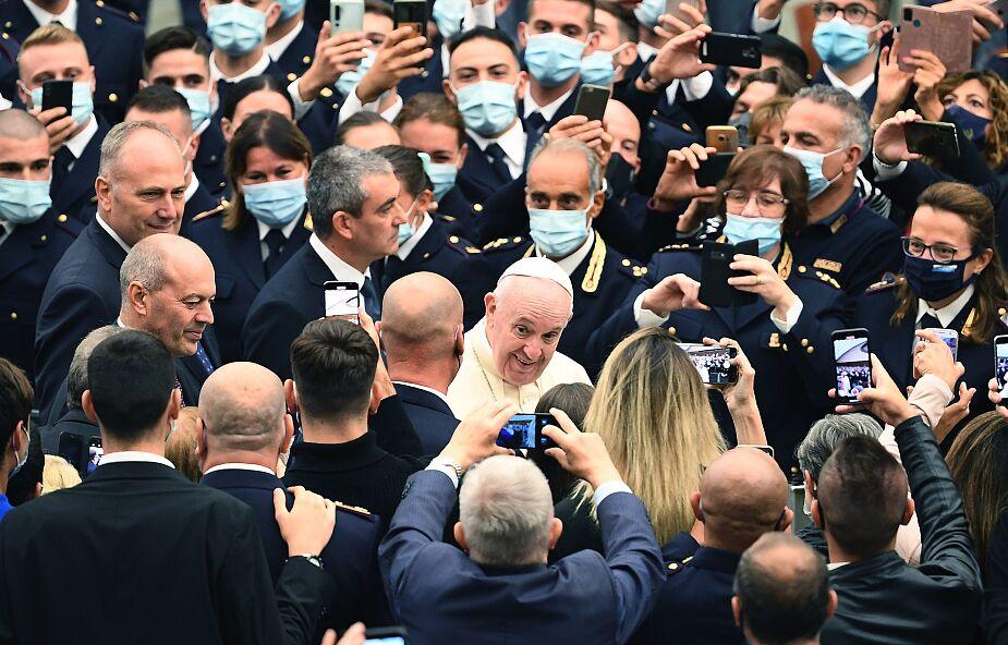 Papież przyjął policjantów dbających o bezpieczeństwo na placu św. Piotra i w okolicach Watykanu