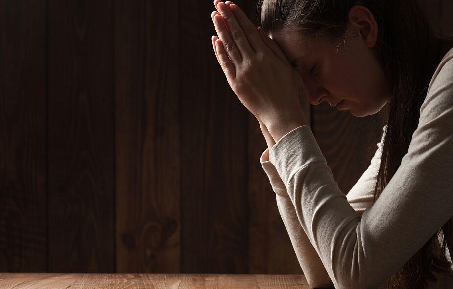 To jeden z powodów obumierania modlitwy