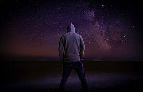 """Modlisz się, ale """"nie czujesz"""" Boga? To dobry moment, by coś zmienić"""