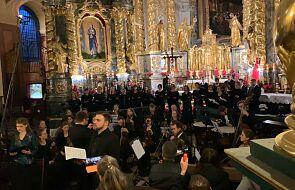 """""""Stabat Mater in memoriam Ioannis Pauli II"""". Zaproszenie na wyjątkowy koncert"""