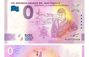 W Wadowicach rozdano już ponad 6 tys. banknotów z podobizną Karola Wojtyły