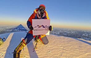 Zimowe wejście na K2 - wszyscy zdobywcy szczytu są już bezpieczni w bazie