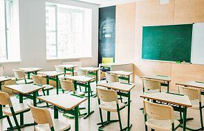 MEiN: w 99,5 proc. szkół podstawowych uczniowie klas I-III uczą się stacjonarnie