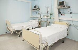 MZ: na 30 694 łóżka przygotowane dla pacjentów covidowych, zajętych jest 15 667