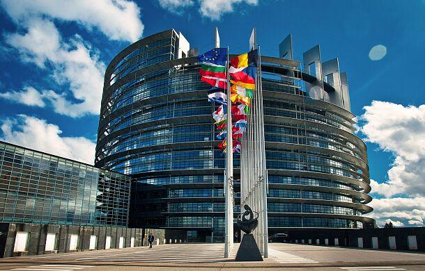 W Parlamencie Europejskim krytyka Rosji w sprawie Nawalnego i apele o sankcje