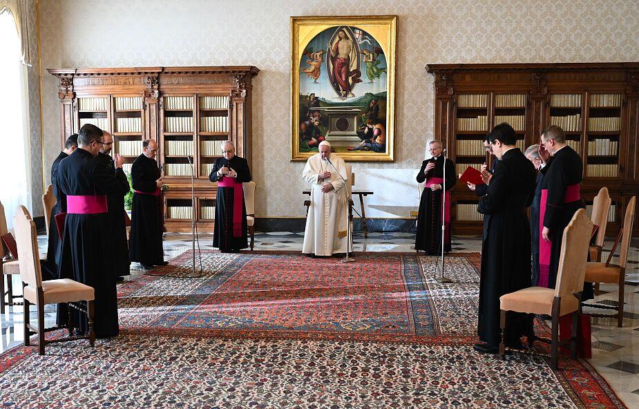 Papież do Bidena: niech Bóg obdarzy Pana mądrością i siłą w pełnieniu urzędu