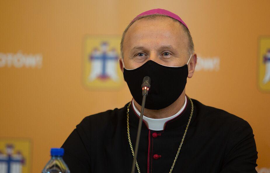 Bp Solarczyk do wiernych Kościoła radomskiego: proszę was o duchowe wsparcie