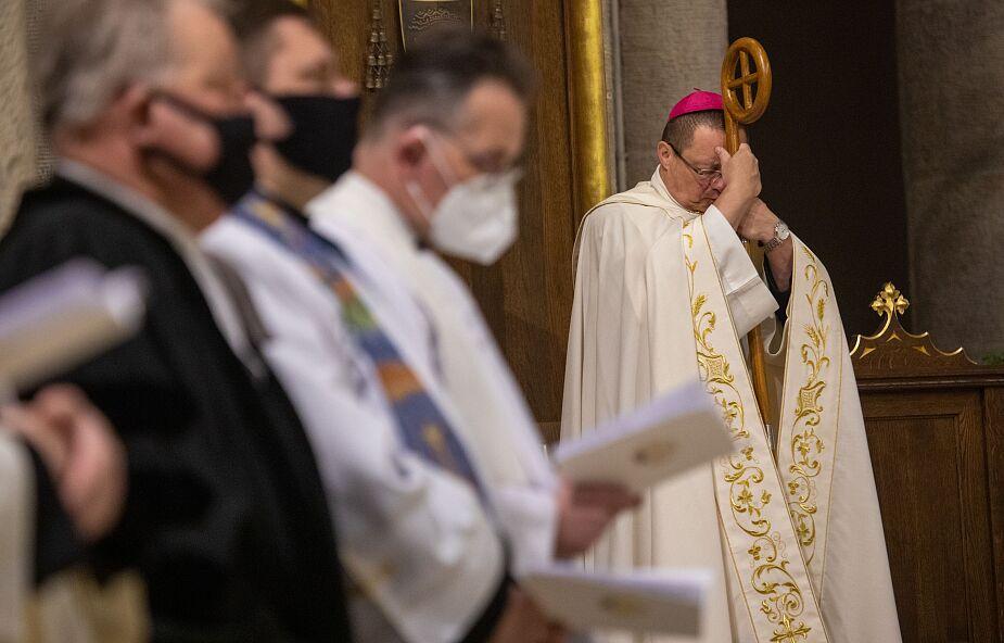Abp Grzegorz Ryś: Ciało Chrystusa ukrzyżowanego jest poranione podziałami chrześcijan
