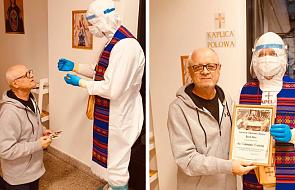"""68-latek przyjął Pierwszą Komunię świętą w Szpitalu Narodowym. """"Dziękuję za świadectwo wiary"""""""