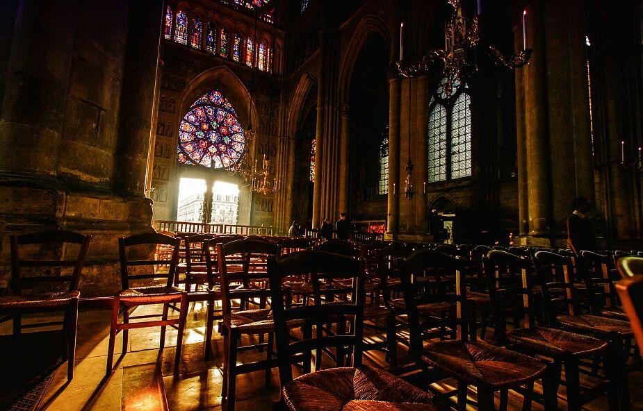 Przewodniczący episkopatu Francji: Kościół nie zaniedba troski o ofiary nadużyć