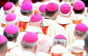 """""""Nie wiadomo, przez kogo Duch Święty zechce przemówić"""". List biskupów na rozpoczęcie diecezjalnego etapu synodu"""