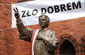 Odsłonięto pomnik bł. ks. Jerzego Popiełuszki. Powstał dzięki wsparciu darczyńców