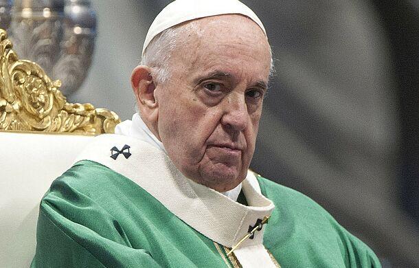 Kard. Duka: przez proces synodalny papież przygotowuje kolejny sobór