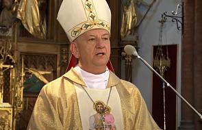 Abp Guzdek: Jan Paweł II wezwał do porzucenia lęku
