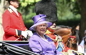 Królowa Elżbieta II spędziła noc w szpitalu