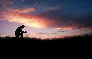 Modlitwa to słuchanie Boga