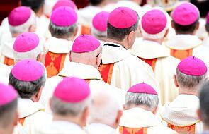 Biskupi o synodzie: papież zaprasza wszystkich do pójścia tą drogą