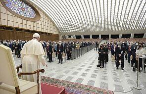 Papież: potrzebne mądre i sprawiedliwe przepisy w obronie klimatu