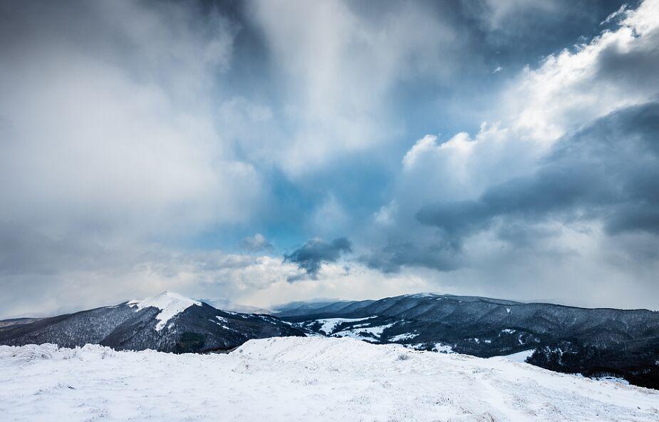 Trudne warunki turystyczne w Bieszczadach; niektóre szlaki oblodzone
