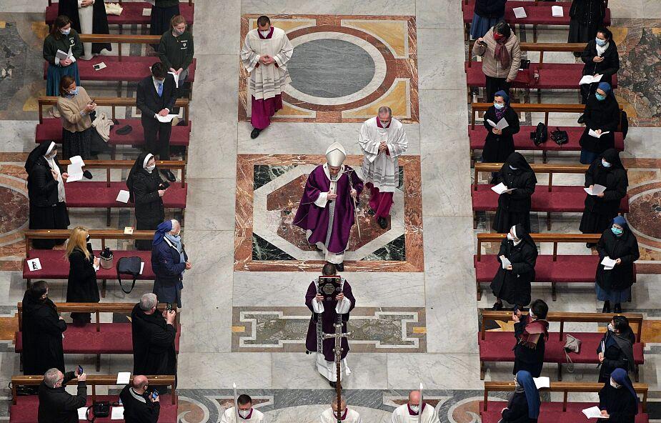 Kontrowersyjne kary dla pracowników Watykanu, którzy odmówią udziału w szczepieniach