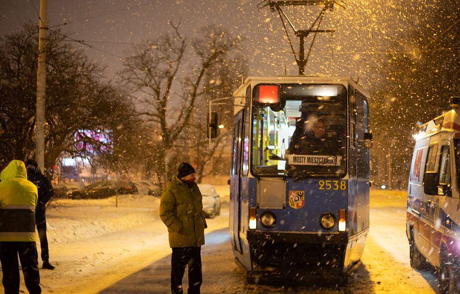 """""""Tramwaj zwany ogrzewaniem"""" we Wrocławiu. Pomaga osobom w kryzysie bezdomności"""