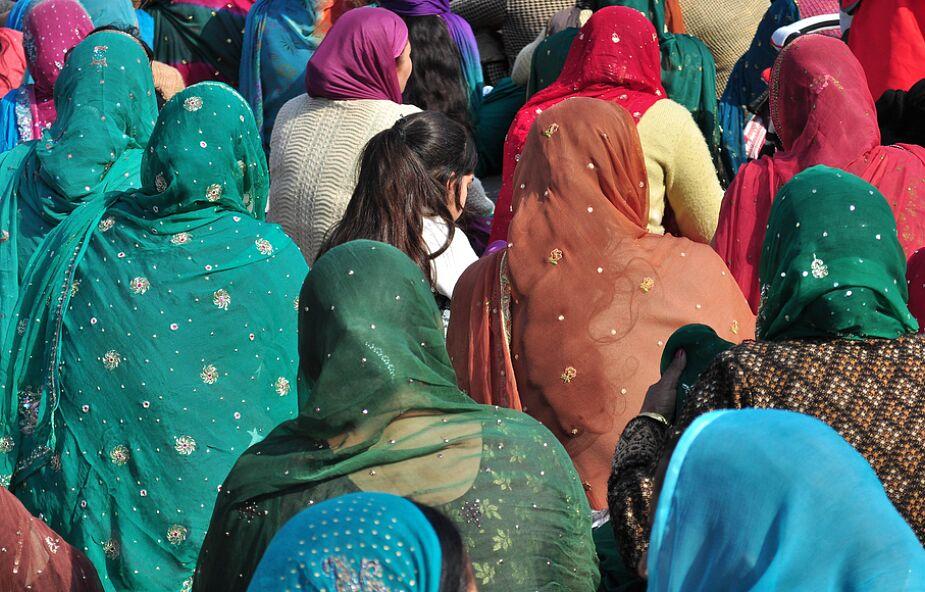 """""""Jej życie już nigdy nie będzie takie samo"""". Oskarżona o bluźnierstwo Pakistanka nadal się ukrywa"""