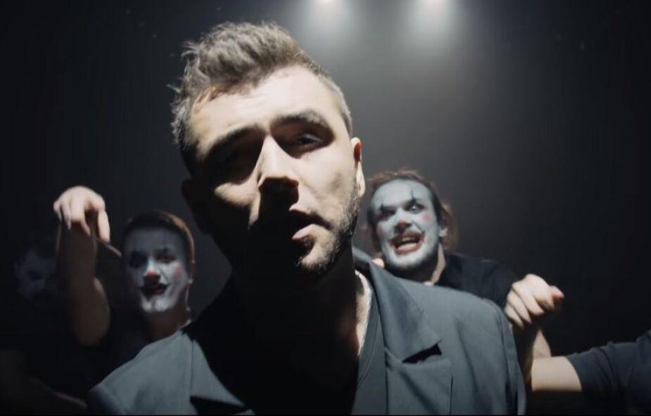 Kamil Bednarek nagrał nowy utwór. Jego przekaz jest bardzo aktualny