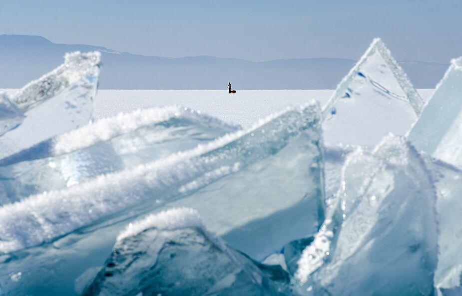 Strażacy ostrzegają: nie wchodźcie na lód, to teraz niebezpieczne!