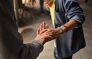 Kraków: niepełnosprawni wspierają bezdomnych
